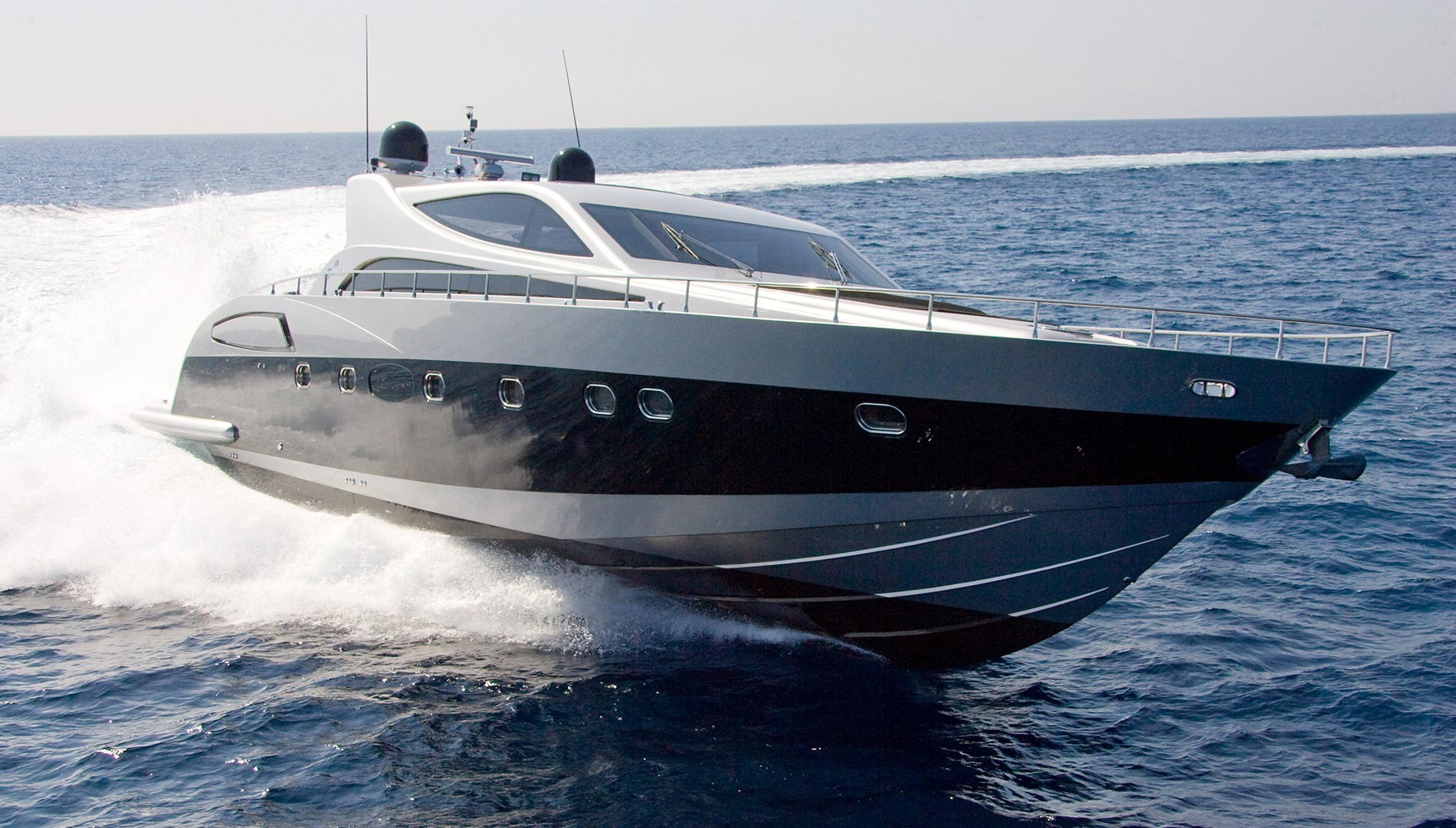 Full Day Tour with Luxury Yacht